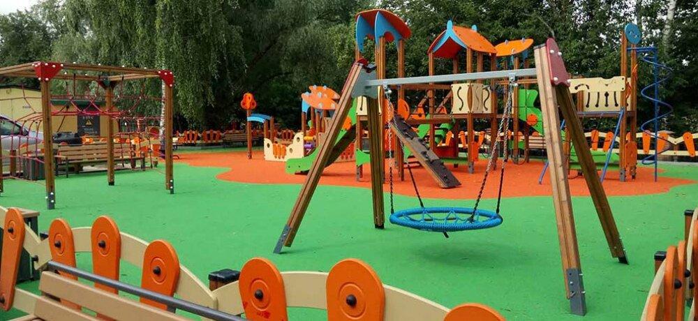 детская площадка — качель